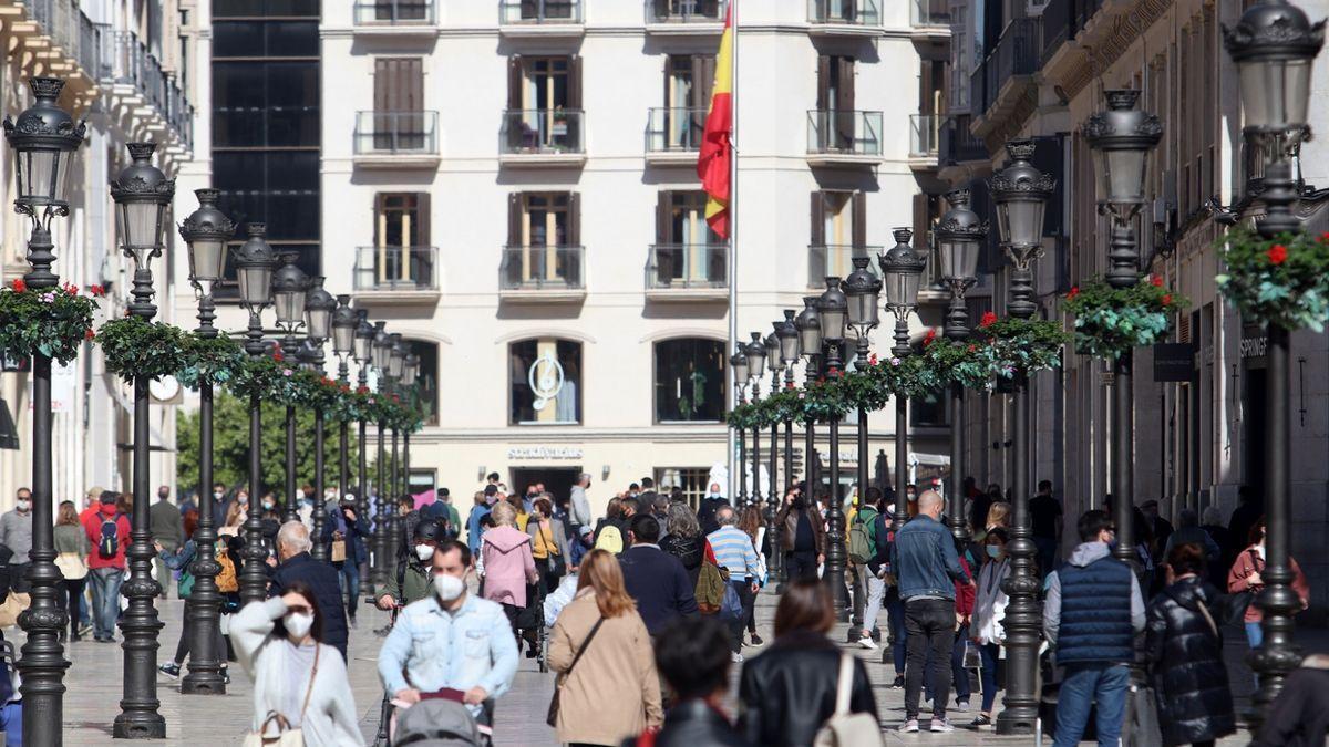 La curva de contagios sigue bajando en la provincia de Málaga