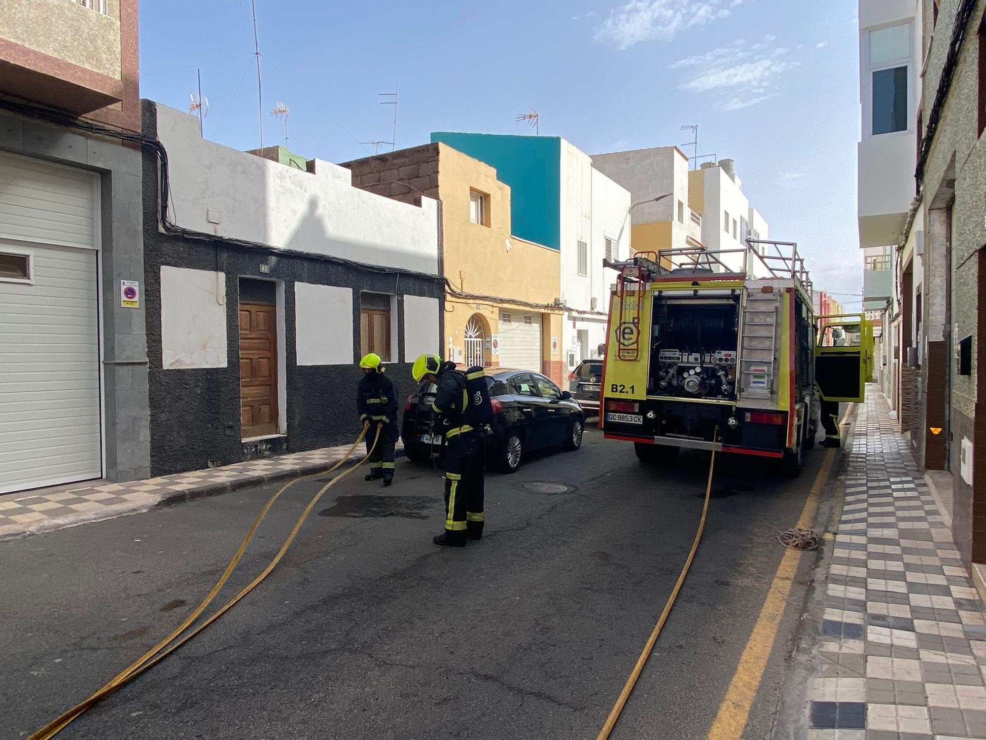 Incendio en Arinaga
