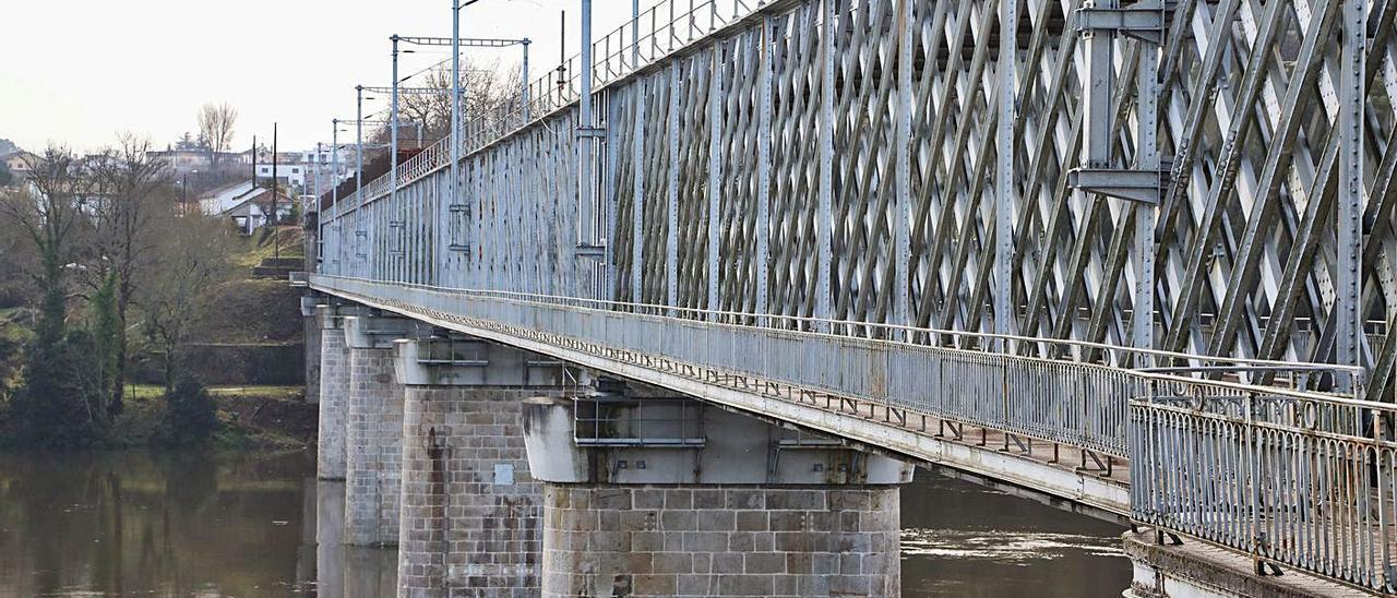 Vista actual del viejo Puente Internacional de Tui-Valença. |   // ANXO GUTIÉRREZ