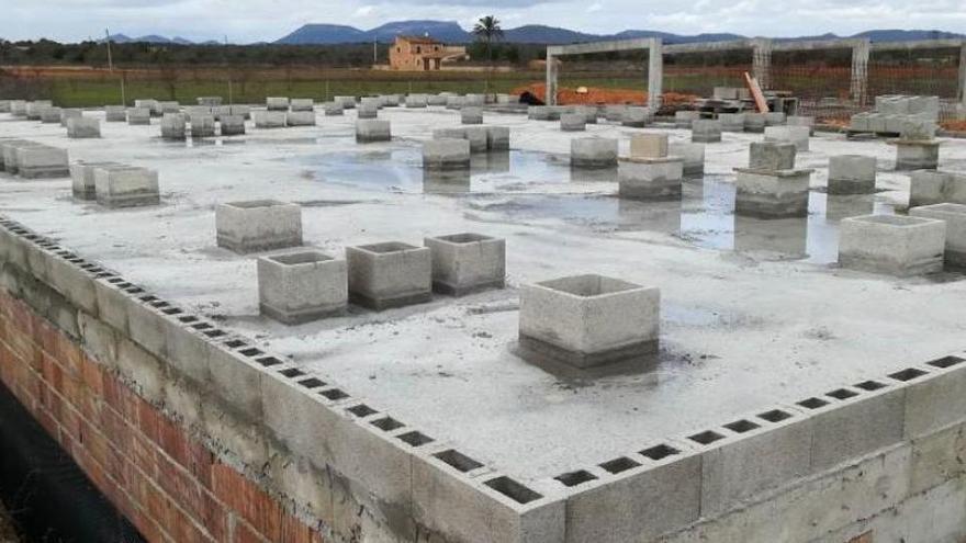 Inselrat legt neue Bilanz über Abriss illegaler Gebäude vor