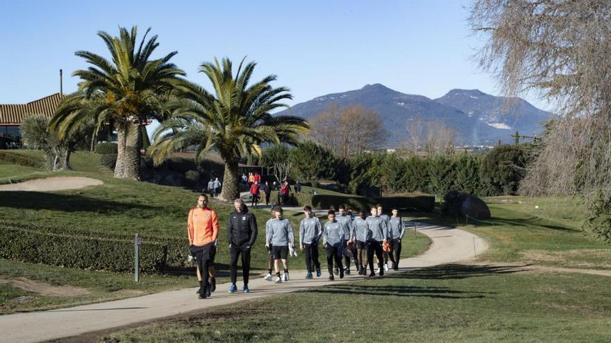 TorreMirona acull l'estada d'equips de futbol dels Països Baixos i la Xina