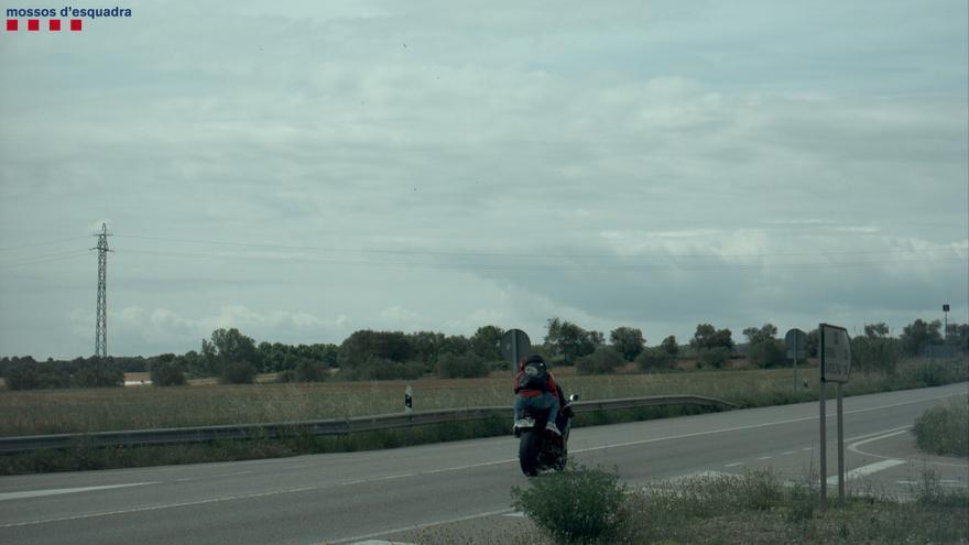 L'enxampen fent temeritats amb la moto per diferents carreteres de l'Alt Empordà