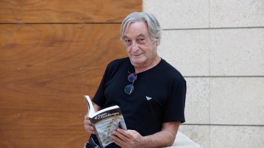 De Ibiza a Cienfuegos en una novela