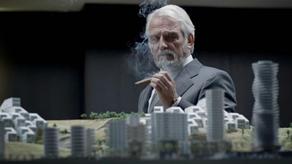 Una de las escenas de la serie 'Crematorio', emitida en La 1.