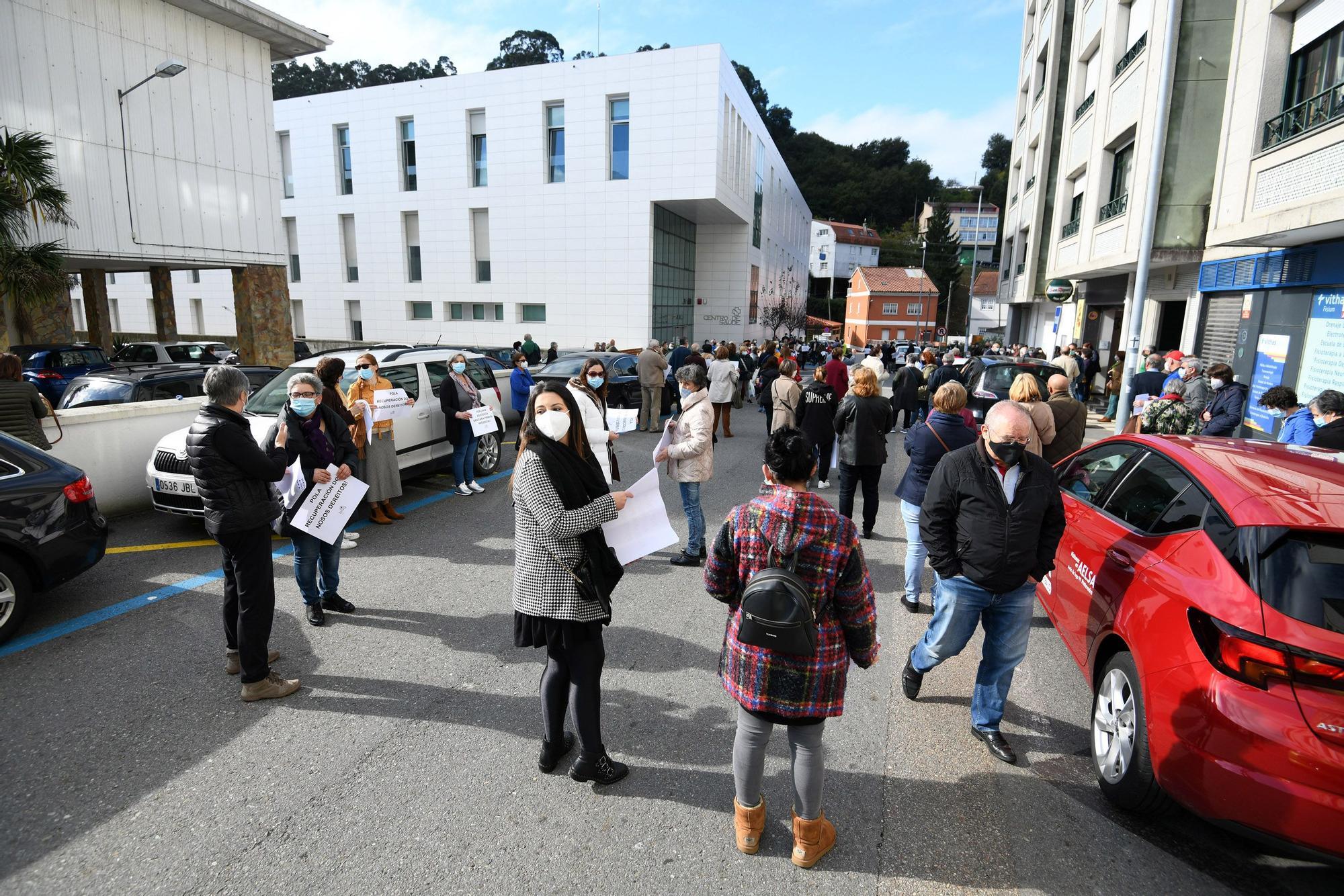 Protesta en Marín por la atención sanitaria presencial
