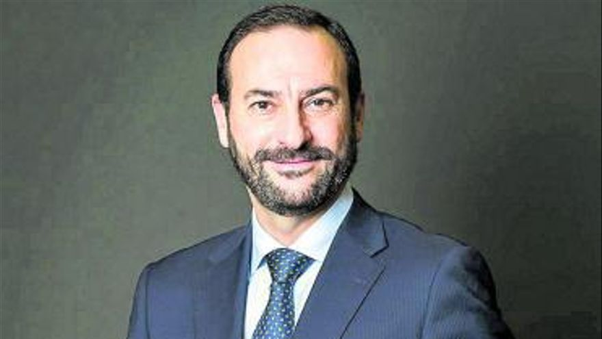 El canario David López, en el comité de dirección de la nueva CaixaBank