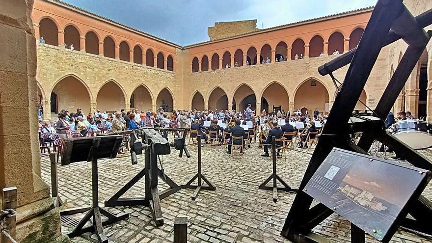 La banda juvenil de Santa Cecilia brilla en Mora de Rubielos