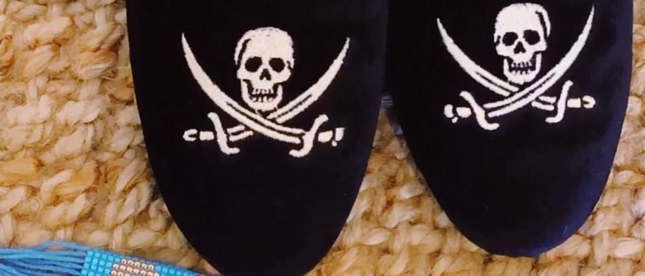 """Los zapatos """"pirata"""" fabricados en Elda que ha lucido la primera dama de Estados Unidos."""