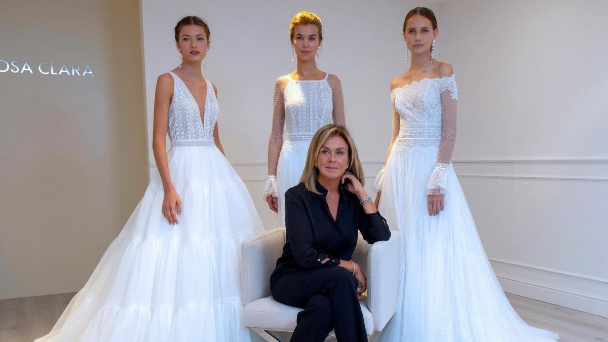 Rosa Clará cumple 25 años vistiendo novias.
