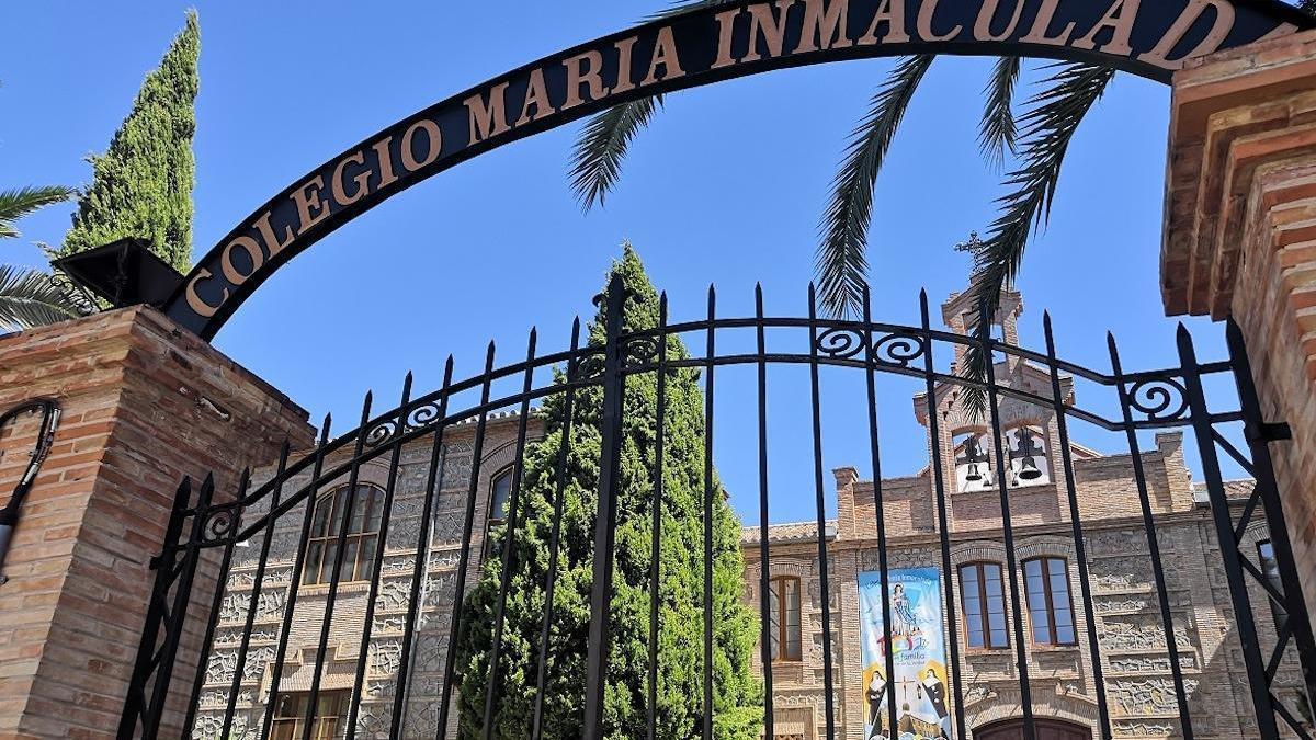 Dos clases del Colegio María Inmaculada cerrarán por el positivo de dos alumnos.