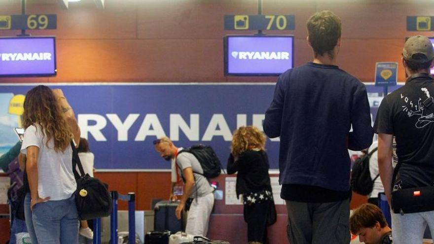 Los retrasos en el espacio aéreo francés se suman a las huelgas en Ryanair y Renfe