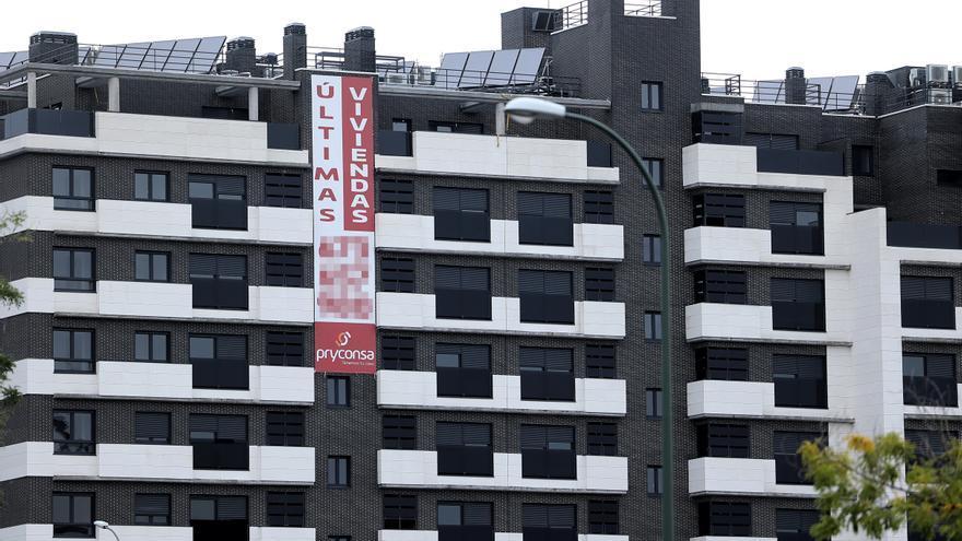 La compraventa de viviendas se hunde un 28,5% en enero en Baleares