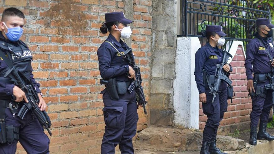 Detenido un alcalde de El Salvador por usar la ayuda del coronavirus en su beneficio
