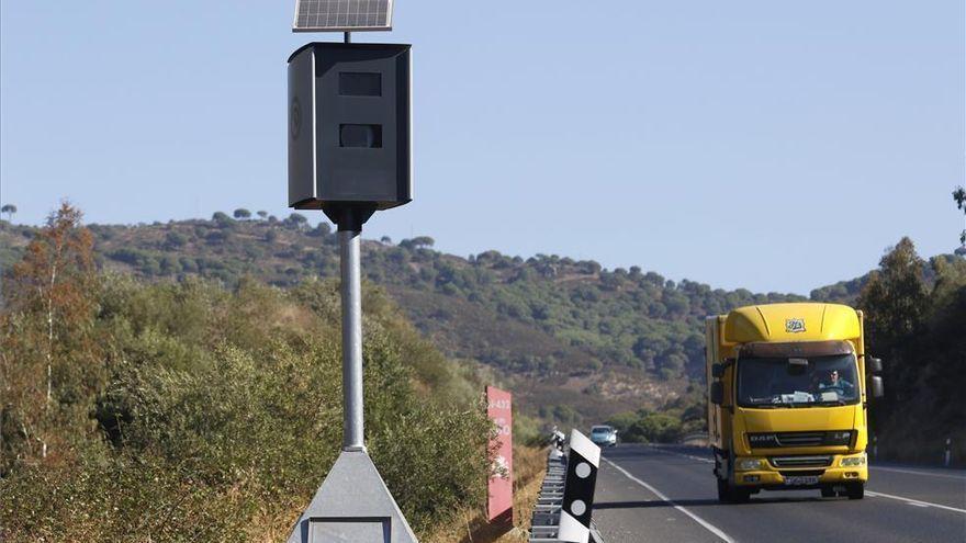 ¿Te vas de vacaciones este verano? Estos son los 44 radares que tiene Tráfico en Córdoba