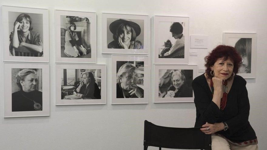 """La fotógrafa Pilar Aymerich, Premio Nacional de Fotografía por su trayectoria """"a pie de calle"""""""