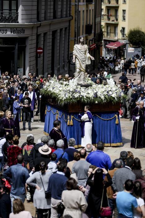 Procesión del Jesús Resucitado en Oviedo
