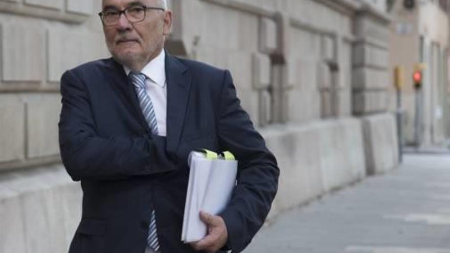 La fiscalia rebaixa de quatre  a tres anys la petició de presó per a Narcís Serra i Adolf Todó