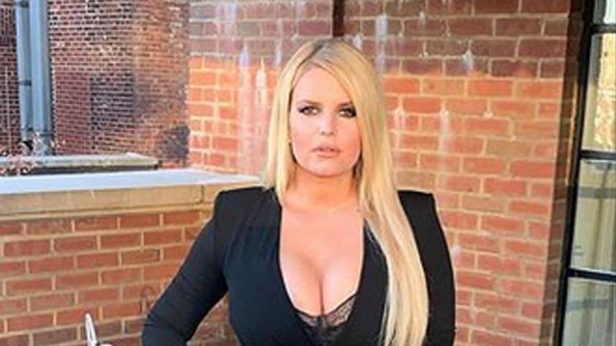 Jessica Simpson explica cómo ha conseguido perder 45 kilos