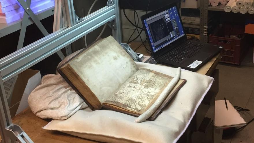 Descifran los manuscritos que originaron la leyenda del Rey Arturo