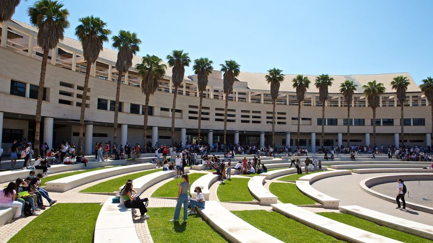 La UA se reafirma como campus seguro y sostenible para la vuelta a la normalidad en las aulas