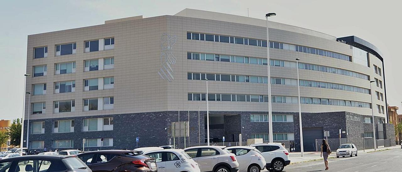 Una imagen de la Ciudad de la Justicia donde se han dictado las dos sentencias contra el hospital. | ANTONIO AMORÓS