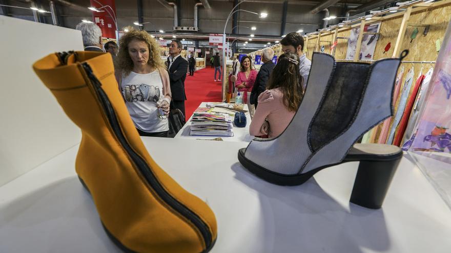Climent afirma que hará lo posible por evitar la subida de aranceles al calzado en EE UU