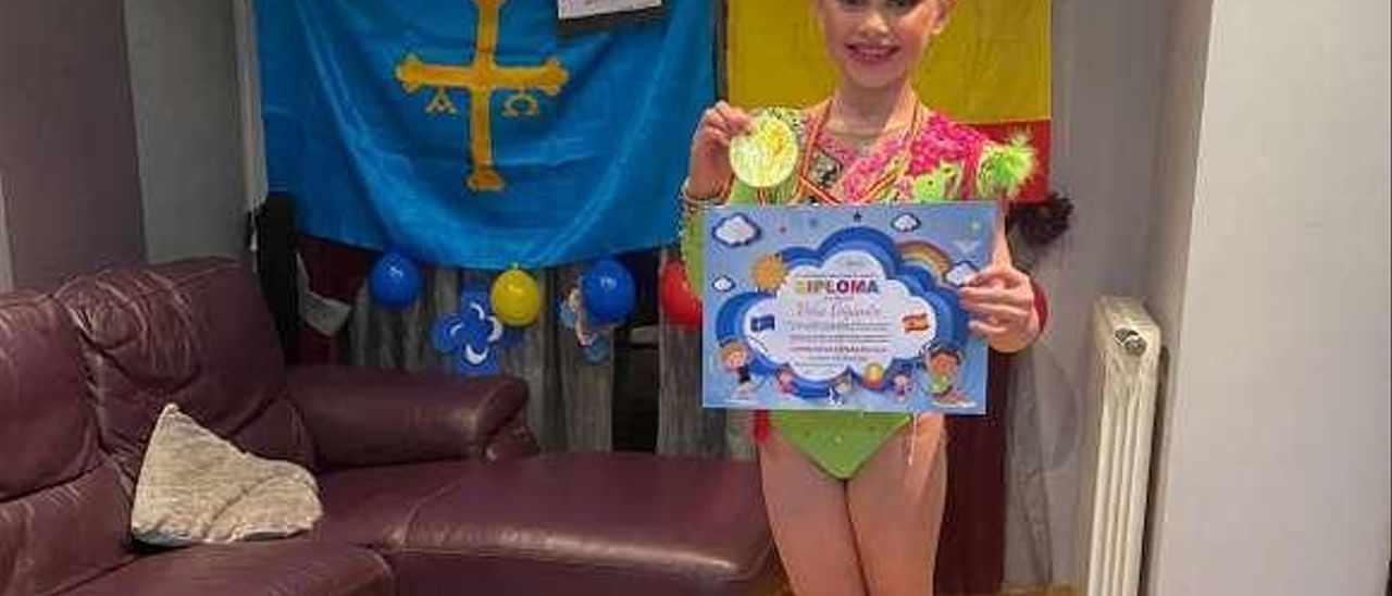Vera Giganto, una de las gimnastas, en su casa.