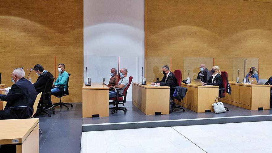 Los seis acusados del crimen  de Argana niegan ser sus autores