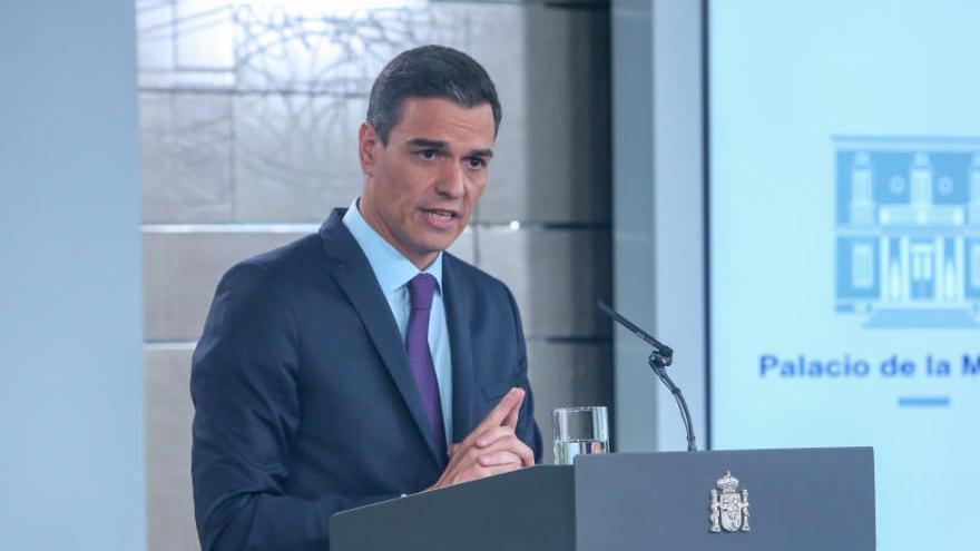El Gobierno reconoce el gasto de 283 euros en un viaje de Sánchez en avión a Castellón