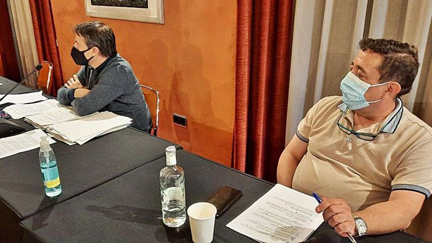 Els dos regidors de Ciutadans voten diferent al ple