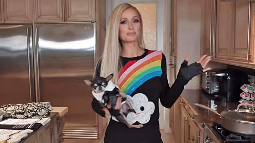 Paris Hilton se hará con los fogones de Netflix a partir del 4 de agosto