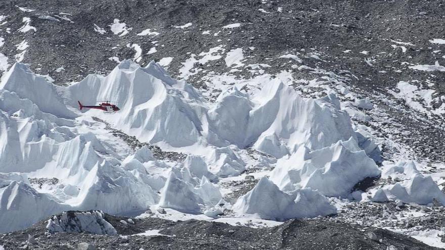 Ni los glaciares del Everest se salvan del cambio climático