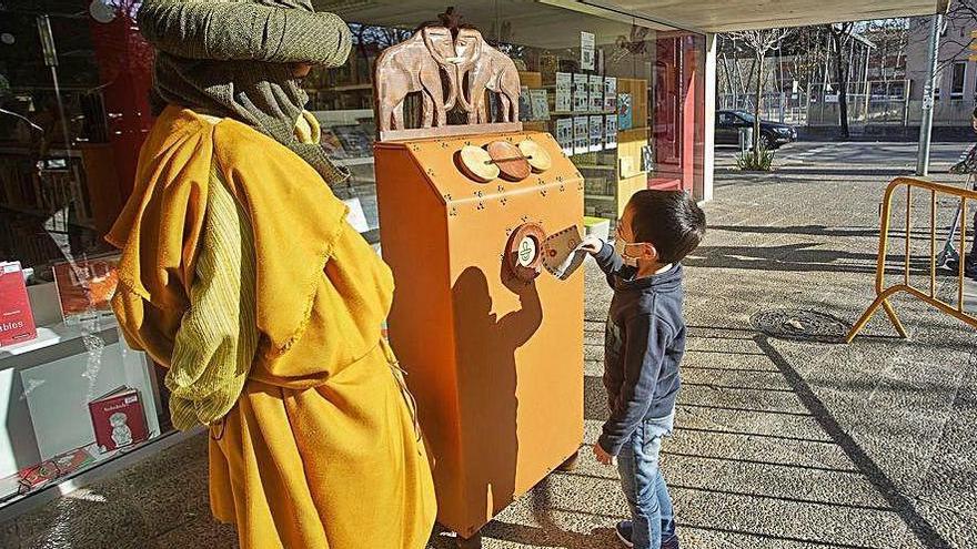 Les bústies dels Reis Mags comencen a rebre cartes dels infants de Girona