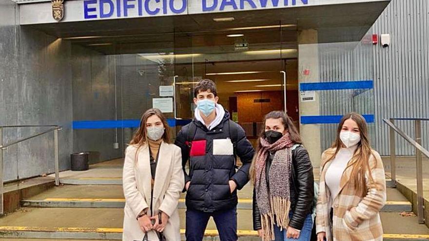 Cuatro alumnos del IES Los Sauces de Benavente participan en la Olimpiada Española de Biología en León