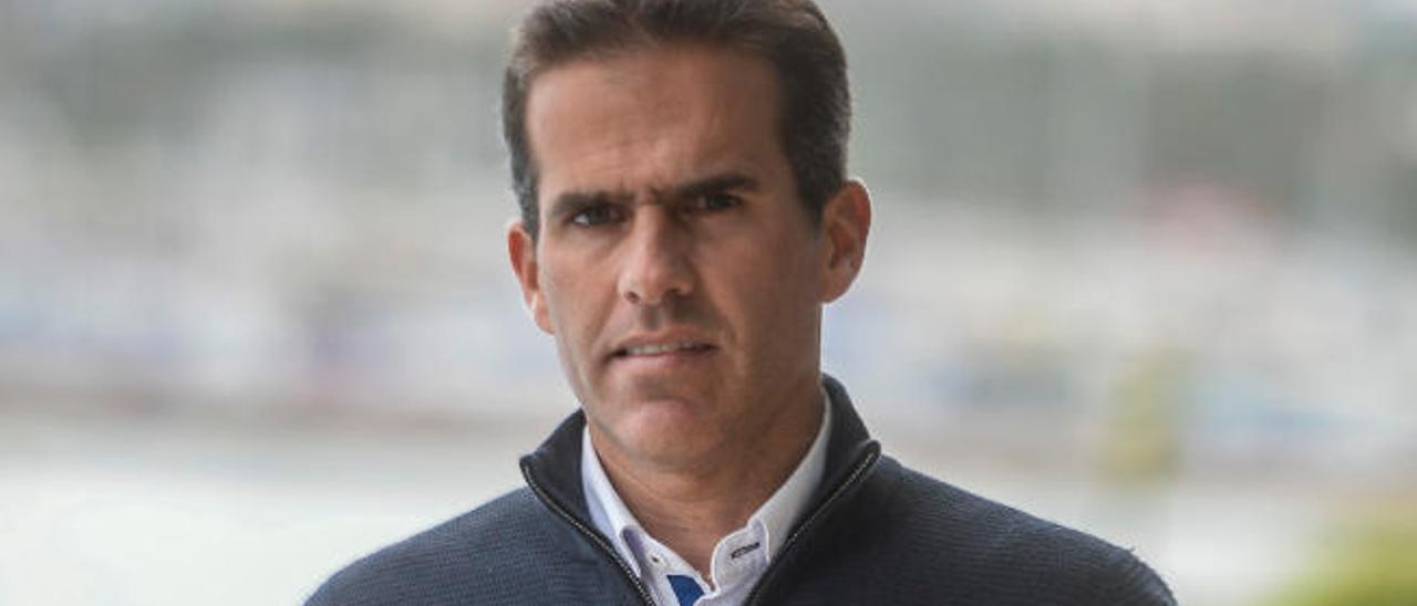 Gustavo del Castillo, candidato a comodoro del Club Náutico.