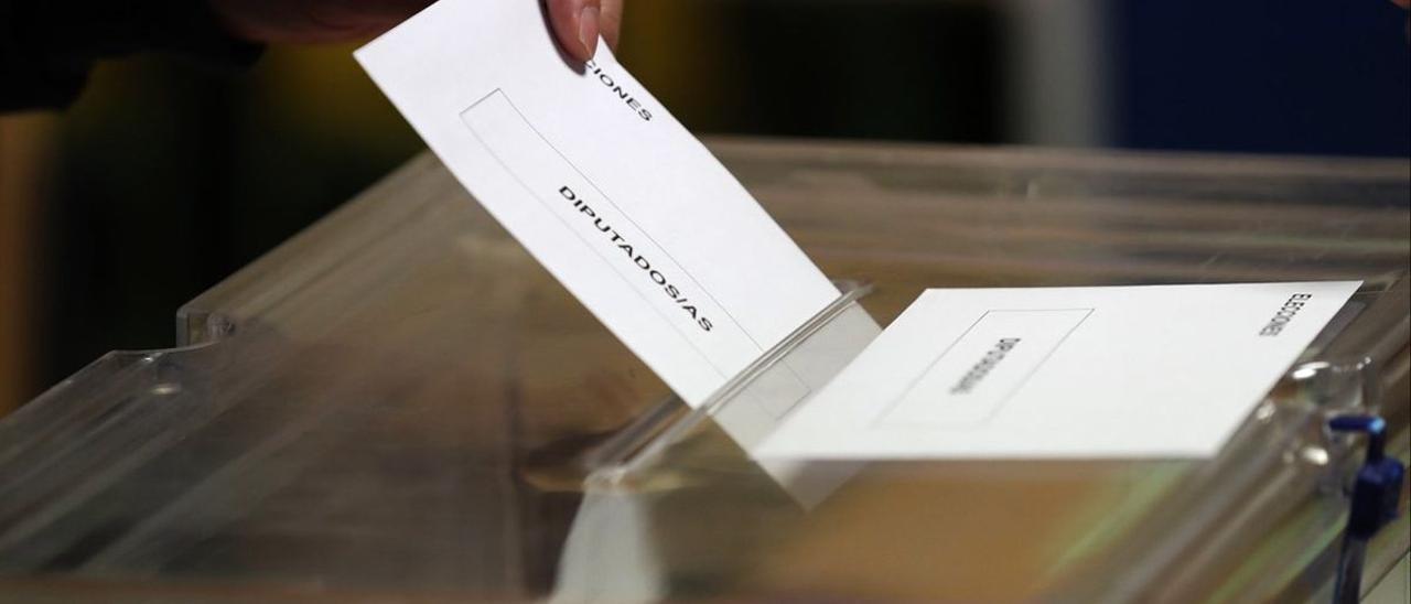 Imagen de archivo de uno voto de elecciones generales.