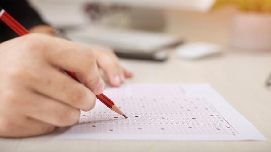 Las 10 preguntas con más fallos en los exámenes teóricos de conducir 2020