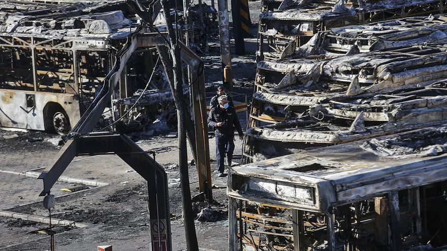 La falta de tallafocs i canons d'aigua va agreujar l'incendi de l'EMT