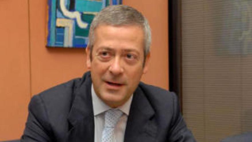 """Manrique de Lara insta al Gobierno central a responder """"rápido"""" a las medidas canarias"""
