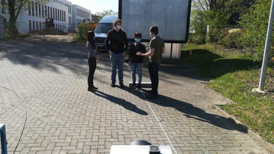 Un radar móvil detecta señales de vida en desastres y accidentes