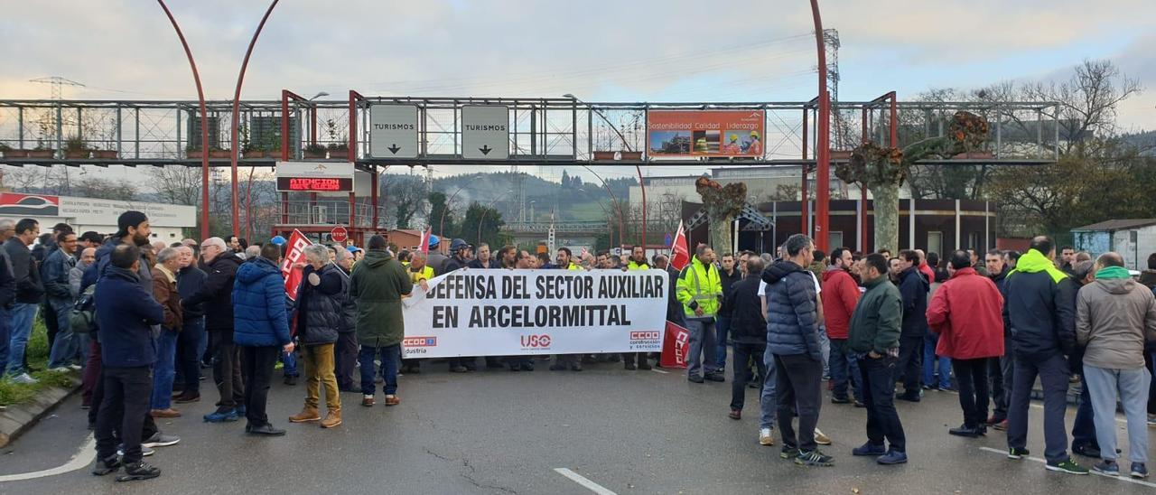 Concentración de trabajadores de las auxiliares de Arcelor en 2019