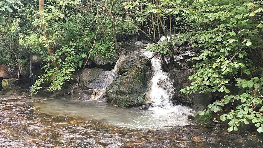 La obra para evitar vertidos al río Riosa se acometerá con fondos autonómicos