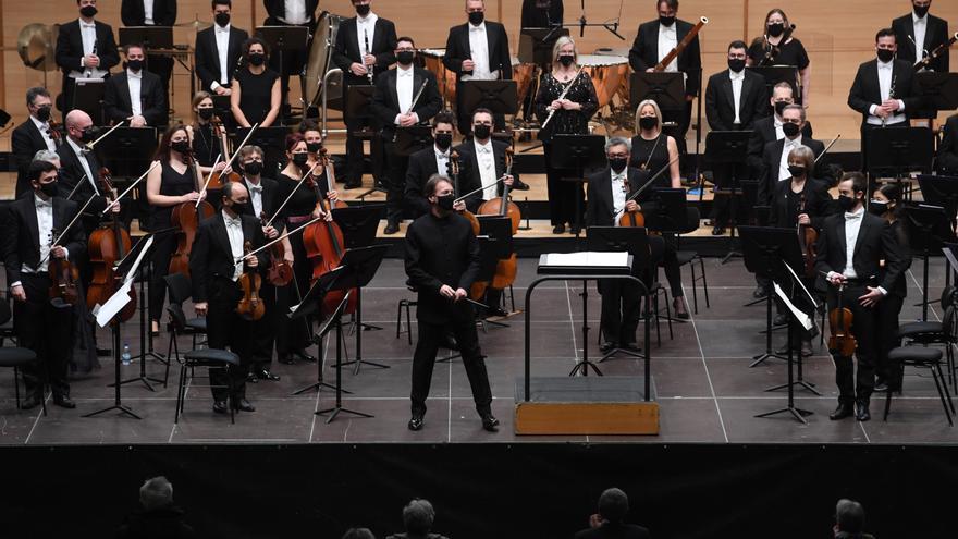 La Sinfónica sube a cien músicos al escenario del Coliseum para interpretar a Strauss