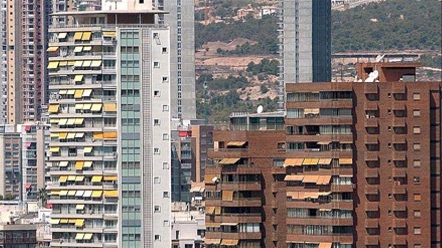El dueño de una inmobiliaria de Benidorm estafa 70.000 euros a un anciano gallego