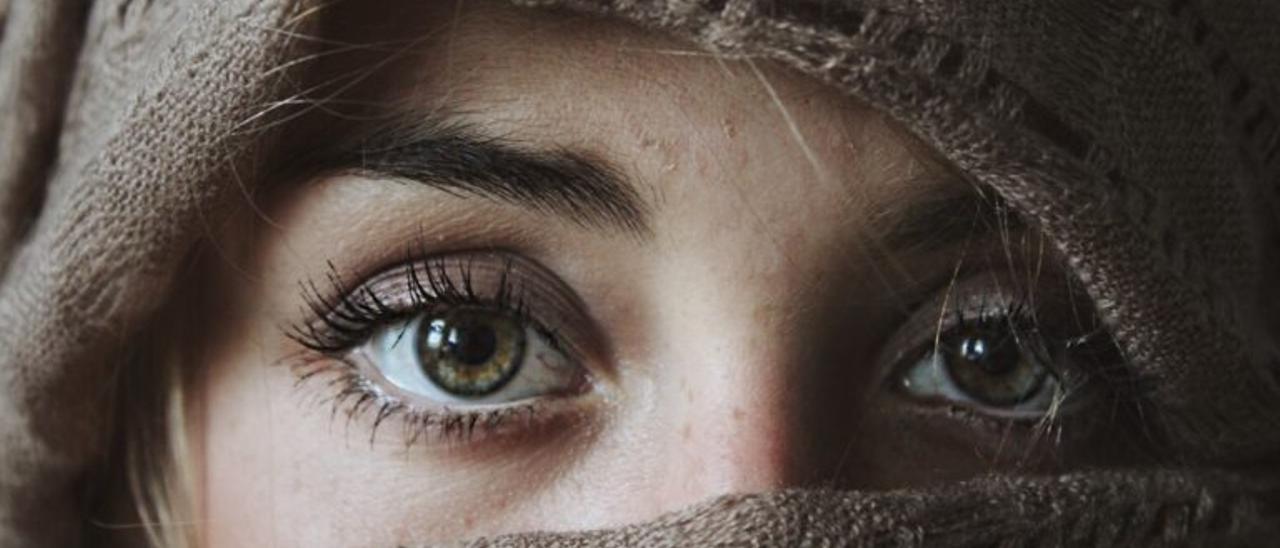 Qué es el ojo seco, cómo prevenirlo y cómo tratarlo