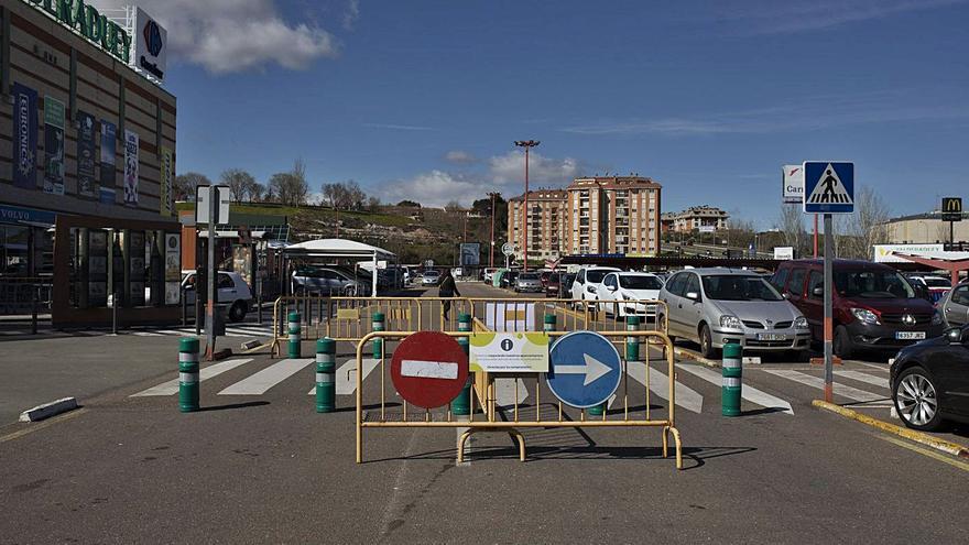 Un hombre roba un móvil de una furgoneta en Zamora y la Policía le localiza por el GPS