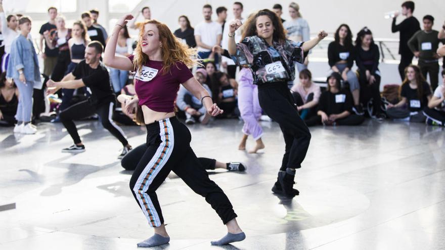 Hala, a bailar