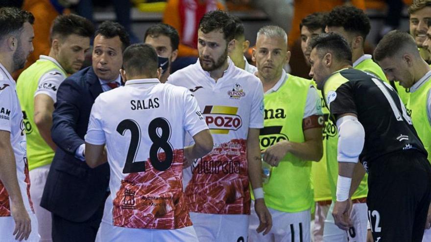 Leo Santana, Miguelín y Juanjo, bajas para el partido de ElPozo ante O'Parrulo
