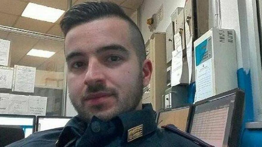 Un policía en prácticas, el hombre que disparó a Amri