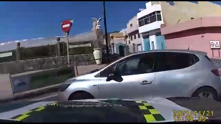 Detienen a una mujer tras una persecución policial por Agüimes